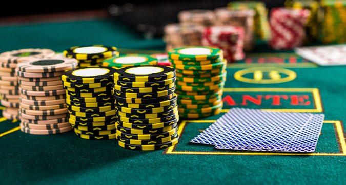 Phil Ivey Bermain Poker